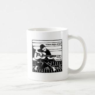 Salmos 100:1 coffee mug