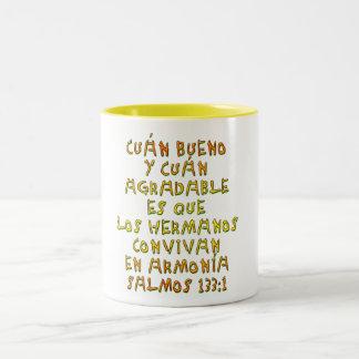 Salmos 133:1 Two-Tone coffee mug