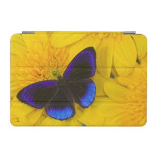 Sammamish Washington Photograph of Butterfly 41 iPad Mini Cover