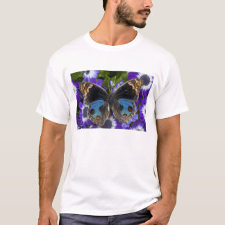 Sammamish Washington Photograph of Butterfly 9 T-Shirt
