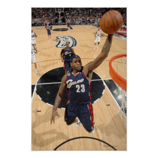 SAN ANTONIO - MARCH 26:   LeBron James #23 of 3 Poster
