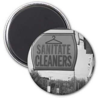 Sanatite Cleaners on Chestnut Ave 6 Cm Round Magnet