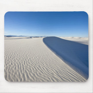 Sand dunes at White Sands National Monument in Mouse Mat