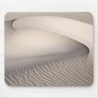 sand pattern mouse mat