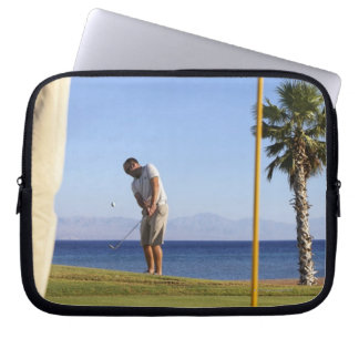 Sand wedge approach, laptop sleeve