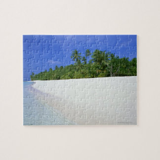 Sandy Beach 11 Jigsaw Puzzle