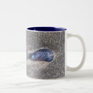 Sandy Shell Two-Tone Coffee Mug