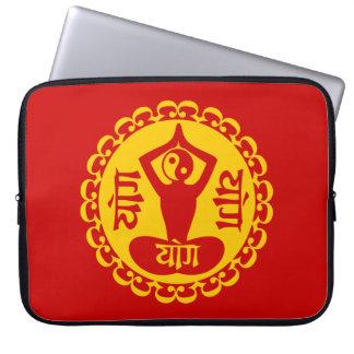 Sanskrit Yoga Symbol with Yin Yang Laptop Sleeve