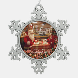Santa and Mrs. Frankenmuth, MI Snowflake 1 Snowflake Pewter Christmas Ornament
