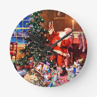 Santa Claus on the Night Before Christmas Round Clock