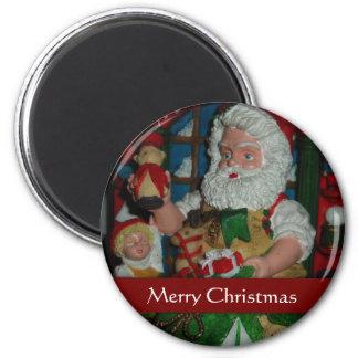 Santa Visits 6 Cm Round Magnet
