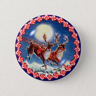 SANTA'S REINDEER & WREATH by SHARON SHARPE 6 Cm Round Badge