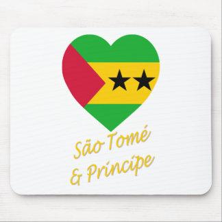 Sao Tome & Principe Flag Heart Mouse Mat