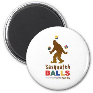 Sasquatch Balls 6 Cm Round Magnet