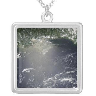Satellite view of oil leaking pendants
