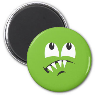 SCAREDY MONSTER FACE COSTUME 6 CM ROUND MAGNET