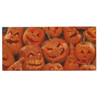 Scary Jack O Lantern Halloween Pumpkins 2 Wood USB 2.0 Flash Drive