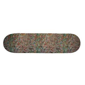 scateboard step ON many chewing gum Custom Skateboard