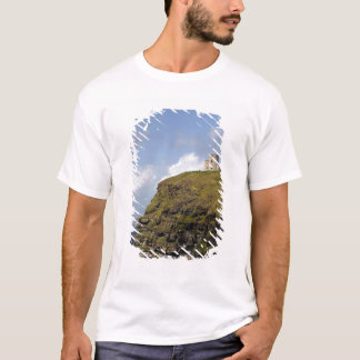 Scenic Cliffs of Moher and O'Brien's Tower. T-Shirt