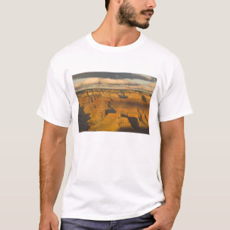 Scenic landscape of the south rim of the Grand T-Shirt