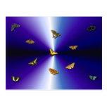 Schmetterlinge auf lila Regenbogen Postkarte