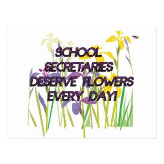SCHOOL SECRETARIES DESERVE FLOWERS POSTCARD