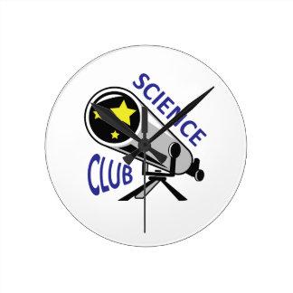 SCIENCE CLUB ROUND CLOCKS