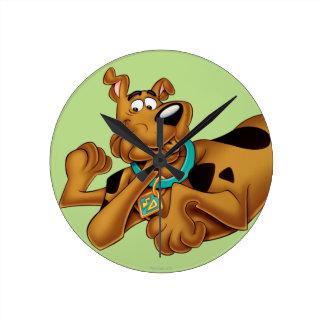 Scooby Doo Airbrush Pose 13 Round Clock