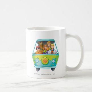 Scooby Doo Airbrush Pose 25 Basic White Mug