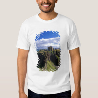 Scotland, Aberdeen. Dunnotar Castle. T Shirts