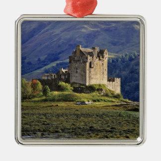 Scotland, Highland, Wester Ross, Eilean Donan 3 Christmas Ornament