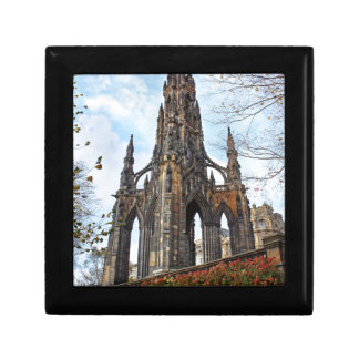 scott monument.jpg gift box