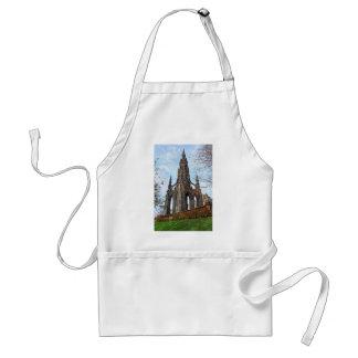 scott monument.jpg standard apron