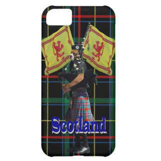 Scottish piper on tartan iPhone 5C case