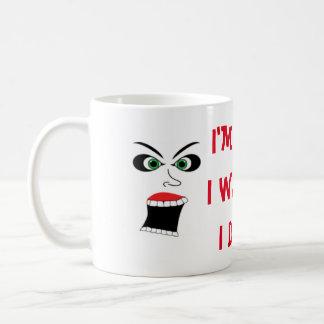 SCREAMING WOMAN PREGNANT NEED COFFEE COFFEE MUG