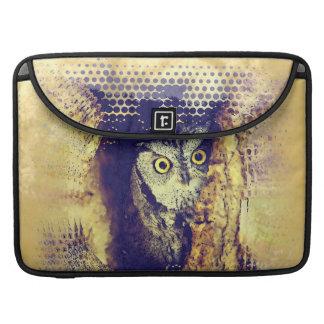 SCREECH OWL MacBook Pro Sleeve