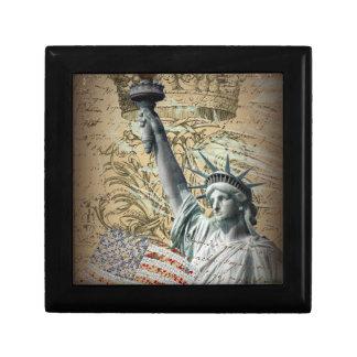 Scripts Patriotic New York statue of liberty Gift Box