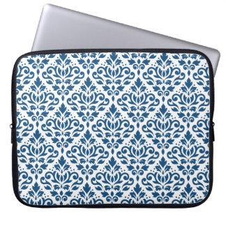 Scroll Damask Rpt Ptn Dk Blue on White Laptop Sleeve