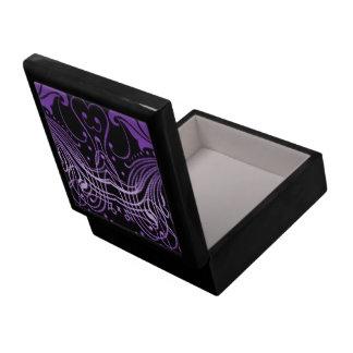 Scroll purple 6x6 gift box