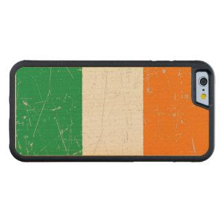Scuffed and Scratched Irish Flag Maple iPhone 6 Bumper