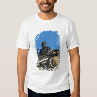 Sculptures on the Royal Art Academy, Dresden T Shirts