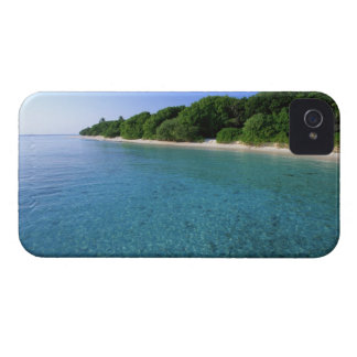 Sea 6 iPhone 4 covers