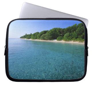 Sea 6 laptop sleeve