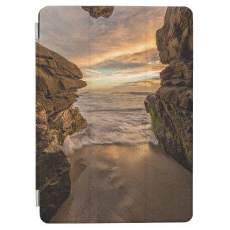 Sea cave at Windansea Beach iPad Air Cover