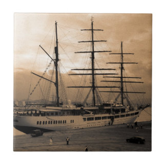 Sea Cloud II Tile