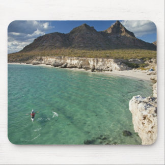 Sea kayaker on the Gulf of California at Isla Mouse Mat