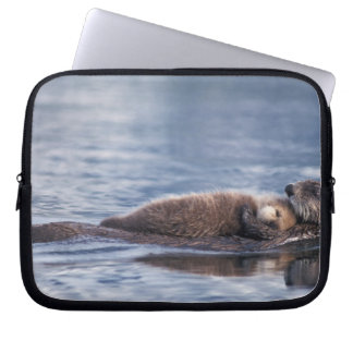 sea otter, Enhydra lutris lutris, mother with 2 Laptop Sleeve
