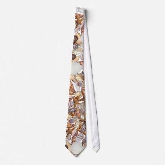 Sea shells tie