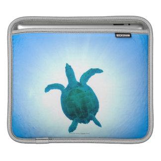Sea turtle swimming underwater iPad sleeve