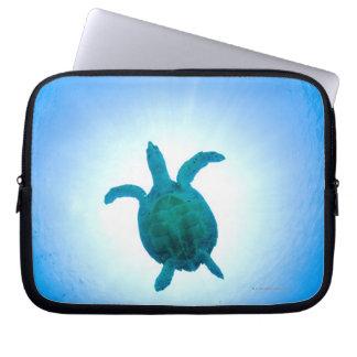 Sea turtle swimming underwater laptop sleeve